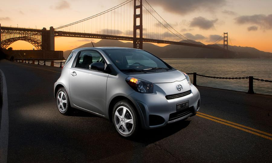 Toyota Features Scion iQ-EV at Meeting of the Minds 2012