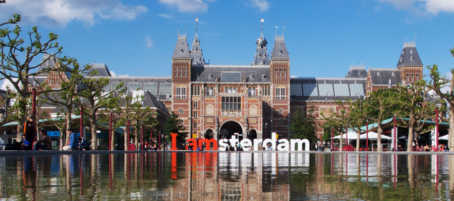 Cities of Innovation: Amsterdam as a Hyper-Connected City