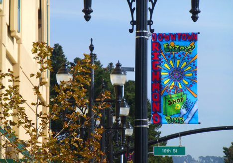 Street banners welcome visitors to Downtown. (Photo courtesy of Richmond Main Street Initiative)